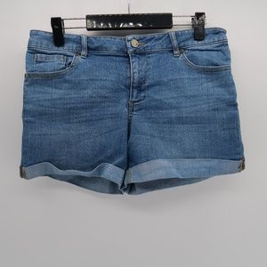 New York & Company Rolled Cuff jean Shorts Size 10